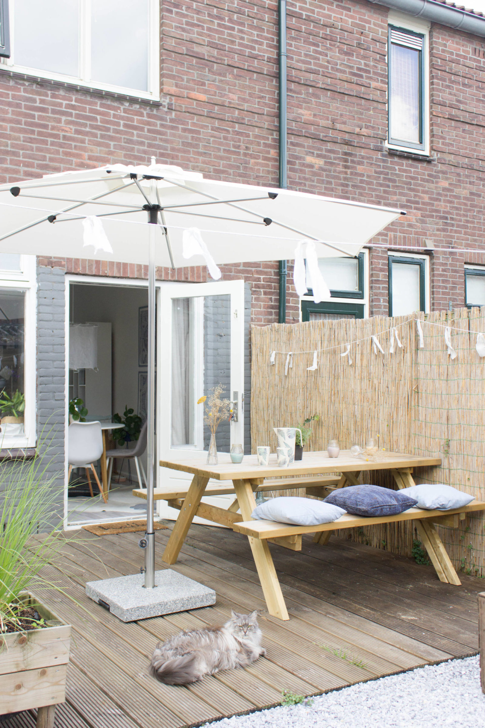 witte parasol