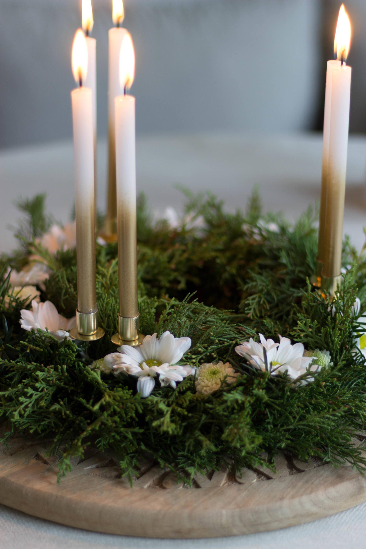 kerstkrans met chrysanten